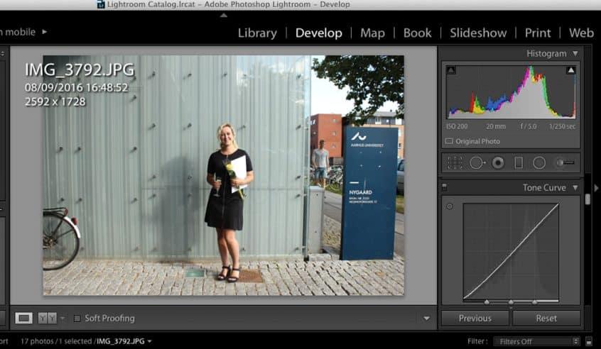 Lightroom er et redigeringsprogram til billeder og tilbyder redigeringsfunktioner